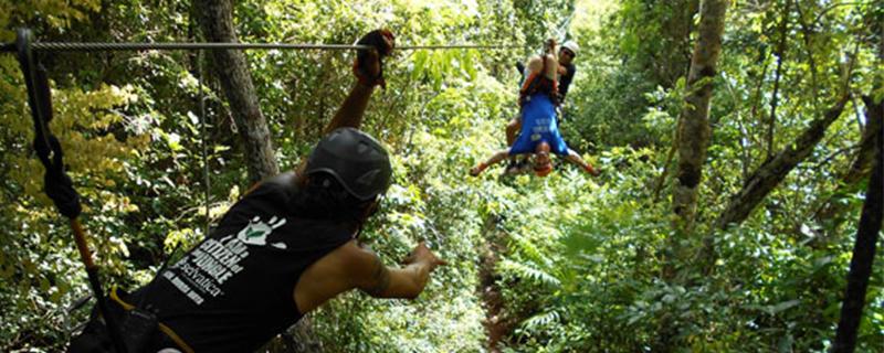 Selvatica's Extreme Canopy zip line tour adventure