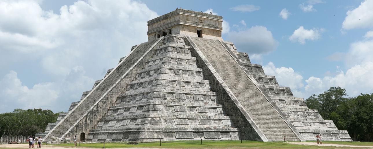 Chichen Itza maya ruin tour adventure